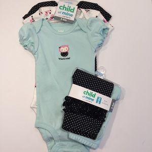 Set of 3 Short Sleeve Onesies and 2 Pairs of Pants